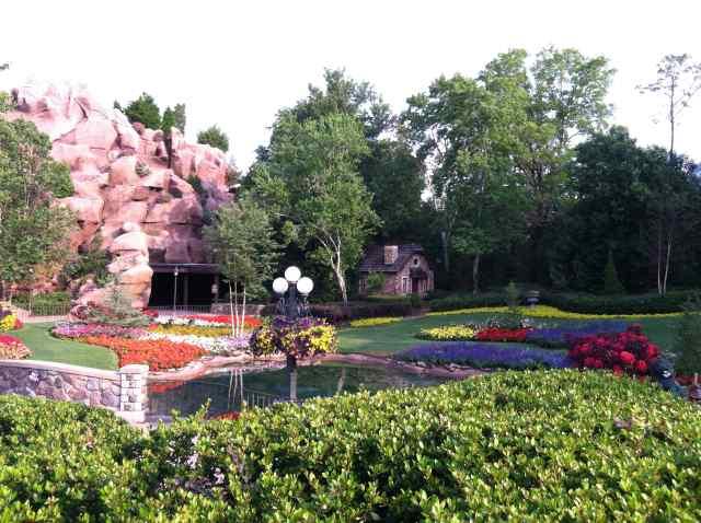 Canada - O the gardens!