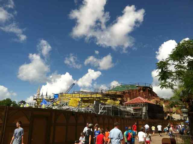 Work on Seven Dwarfs' Mine Train