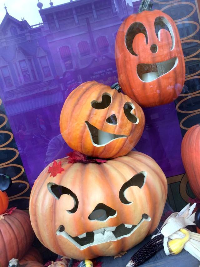 Three jack-o-lanterns of the Emporium