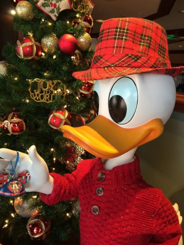 Donald's holiday fedora