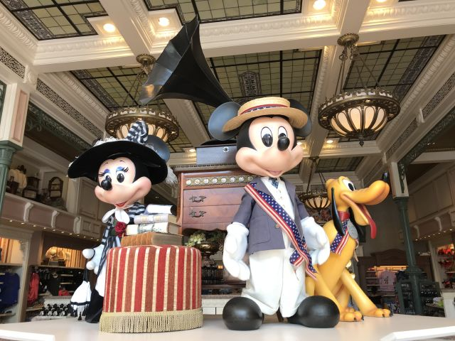 Mickey, Minnie, Pluto