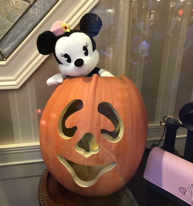Minnie in a Jack-O-Lantern