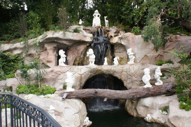 Snow White Grotto